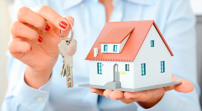¿Qué debo hacer para cambiar el seguro de hogar vinculado a la hipoteca?